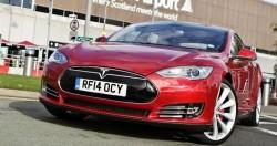 Автомобиль Tesla Model S снова лучший