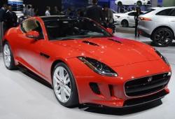 Автомобиль Ягуар F-Type оснастят механической коробкой