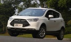 Китайцы везут в Россию три новых автомобиля JAC