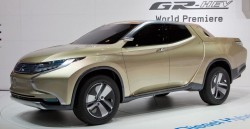 Fiat собирается выпускать собственную модель пикапа Mitsubishi L200