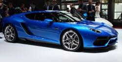 Ламборджини в Париже показали авто с 4-мя моторами